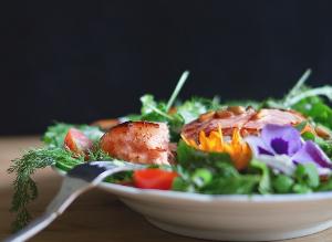 Salade au cabillaud